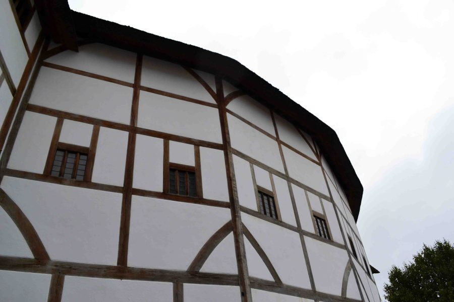 Exploring London - Globe Theatre