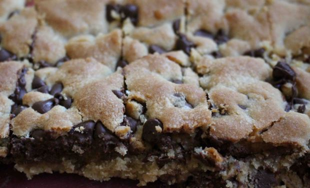 Chocolate Chip Cookie Bars are the ultimate comfort food.