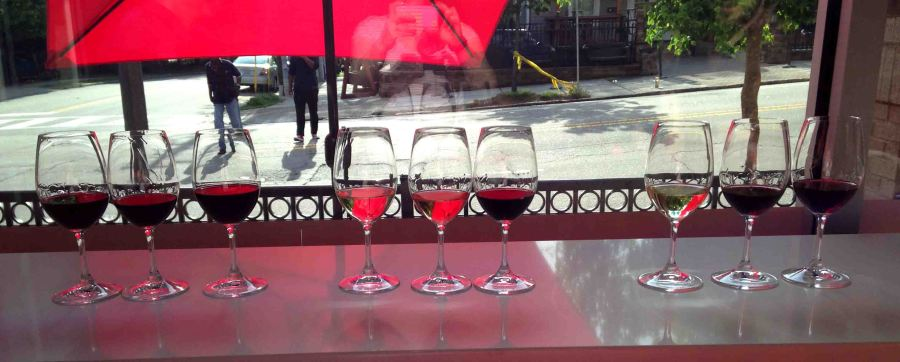 A wine store that does flights = a win. Even better with The Wine Feed's gorgeous front porch!