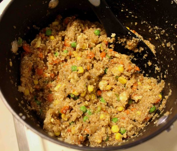 Fried rice, healthier: quinoa fried rice!