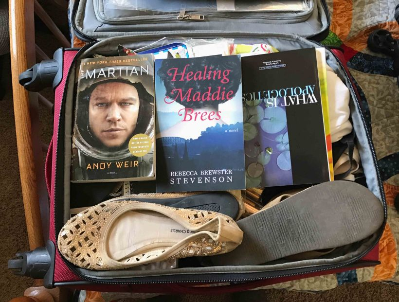 There's a bit of an art to packing light. Here's a few tips to get you started!